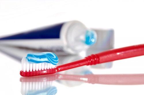MỚI NHẤT 3 cách làm giảm Ê BUỐT răng đơn giản và hiệu quả nhanh 2