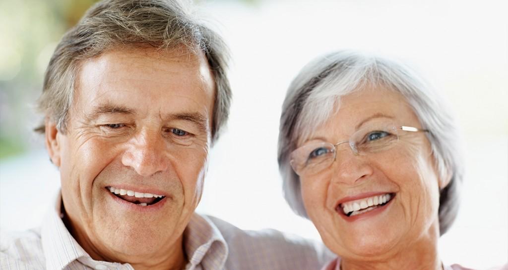 Người cao tuổi có thể cấy implant không thưa bác sỹ? - ảnh 1