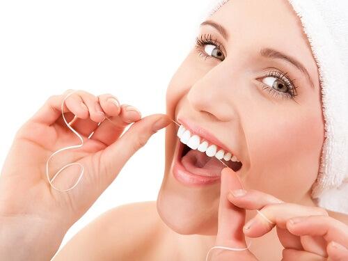 4 cách chăm sóc răng miệng sai lầm bạn cần tránh 3