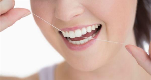 TƯ VẤN Bị gãy răng nên ăn gì và không nên ăn gì từ bác sĩ nha khoa 4