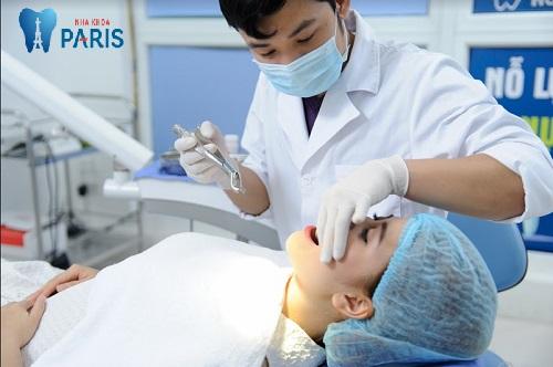 Răng bị lung lay cần nhổ bỏ nếu không thể phục hồi