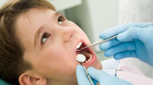 Nguyên nhân và cách khắc phục khi gãy răng sữa ở trẻ em 2