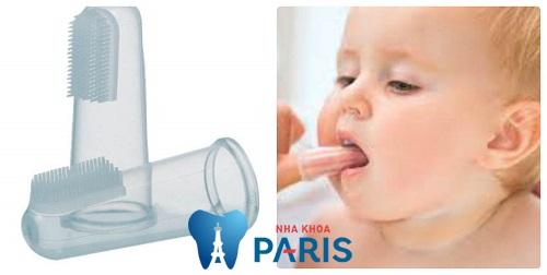 Vệ sinh răng miệng cho trẻ em dưới 1 tuổi ĐÚNG và CHUẨN nhất