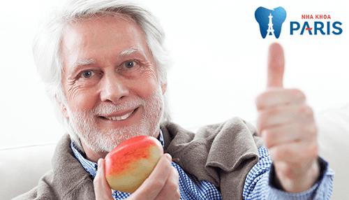 Răng implant khôi phục khả năng ăn nhai tương tự răng thật